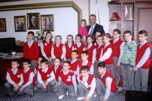28 Şubatlı öğrencilerden Başkan Saral'dan park ist