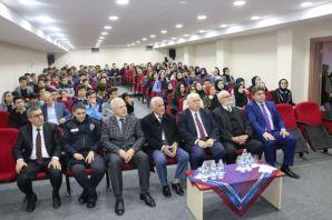 """Kadir Sevencan'dan """"Çanakkale Zaferi"""" konferansı"""