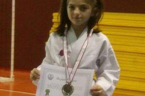 Karatecilerden 7 birincilik, 4 ikincilik, 5 üçüncü