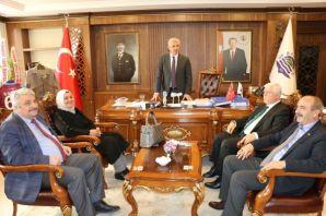 Müdürlerden Başkan Sarıalioğlu'na hayırlı olsun zi