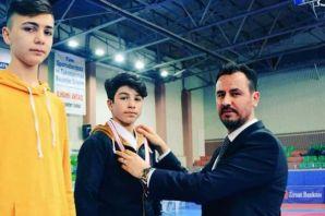 Of İHL öğrencisi Burhan Sönmez  Türkiye 3.sü