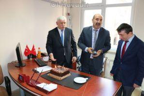 Süleyman Bedir'e meslekte 30. yıl sürpriz kutlamas