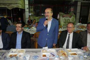 Büyükşehirin son iftar sofrası Dernekpazarı'nda