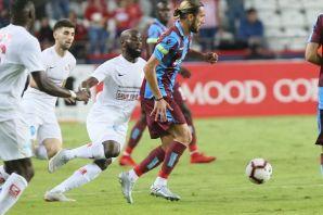 Trabzonspor Antalya'da hakeme takıldı
