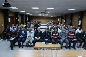 Of'ta öğrencilerin güvenliği için şoförlere semine