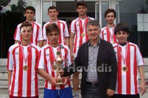Ulusoy Lisesi Futbolda şampiyon