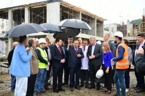 Vali Ustaoğlu, Of'ta yapımı devam eden projeleri i