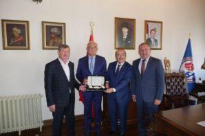 Başkan Gümrükçüoğlu, Bölge Koordinatörü Yılmaz'ı a