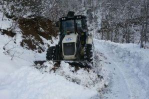 Büyükşehir kar mücadelesini aralıksız sürdürüyor