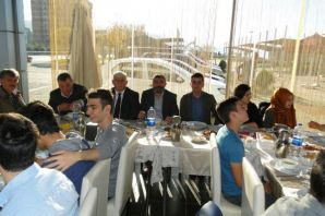 Trabzon'un Öğrenci Temsilcileri Of'ta buluştu