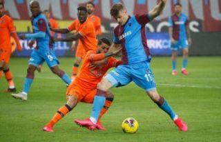 VAR'ınızın da TOP'unuzun da Trabzonspor'a...