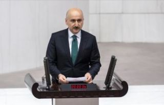 Ulaştırma ve Altyapı Bakanı Karaismailoğlu TBMM'de...