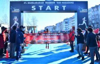41. Trabzon yarı maratonu sağlıkçılara ithaf...
