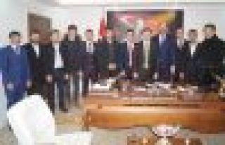 AK Parti Gençlik Kollarından Kaymakam Fırat'a...