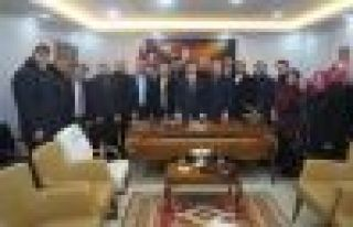 Ak Parti'den Kaymakam Fırat'a ziyaret