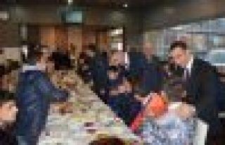 Sarıalioğlu ve Arslan engelli öğrencilerle kahvaltıda...