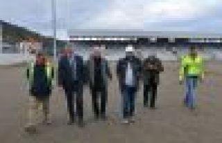 Başkan Sarıalioğlu yeni stadyum inşaatını inceledi