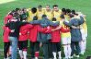 Ofspor Gaziosmanpaşa maçının fotoğrafları