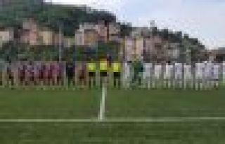 Ofspor öne geçtiği maçta Pazarspor'a mağlup...