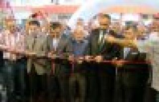Of'un en büyük marketi Ay-Mar açıldı