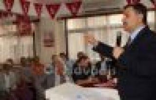 Saadet'te Vahapoğlu yeniden başkan seçildi