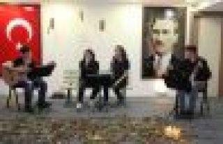 Şehit Necmi Çakır Anadolu Lisesinde sanat şöleni
