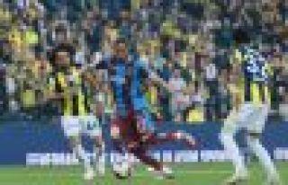 Trabzonspor Kadıköy'de galibiyeti son saniye golüyle...