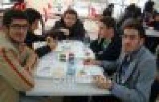 Üniversiteli Gençlere Çanakkale mönüsü