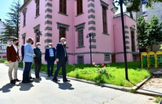 Başkan Zorluoğlu Trabzon Sanatevi'ni ziyaret etti