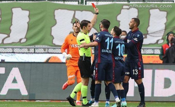 Trabzonspor Konya ile berabere kaldı liderlik fırsatını kaçırdı